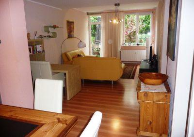 1 Wohnzimmer c